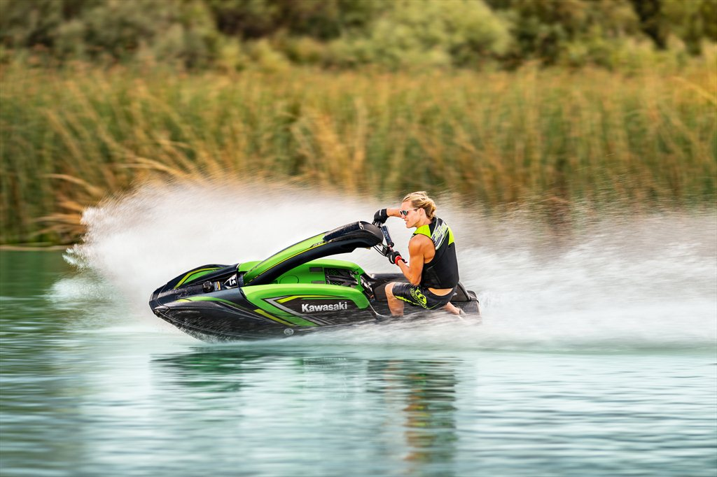 A great stand up jet ski from Kawasaki: SX-R