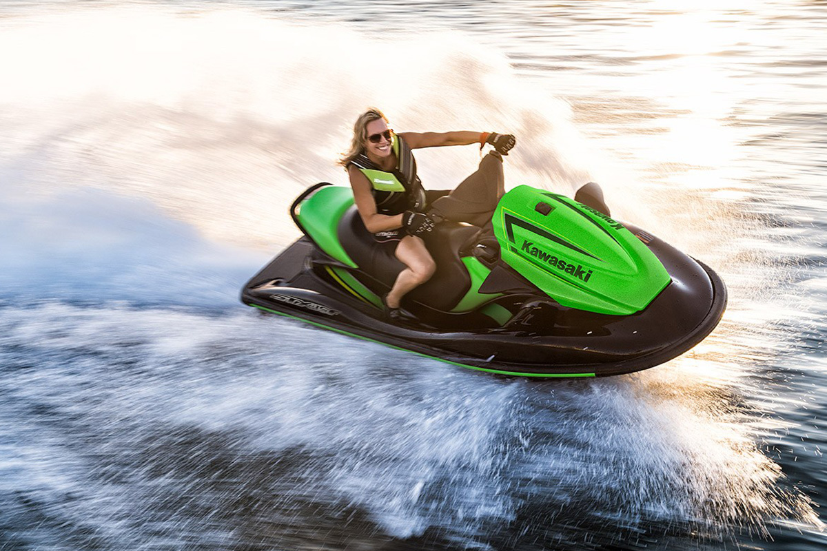 STX-15F: not the fastest Jet Ski but it accelerates very well