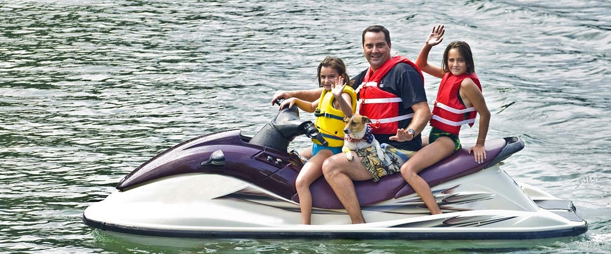 Pros and cons of owning a jet ski