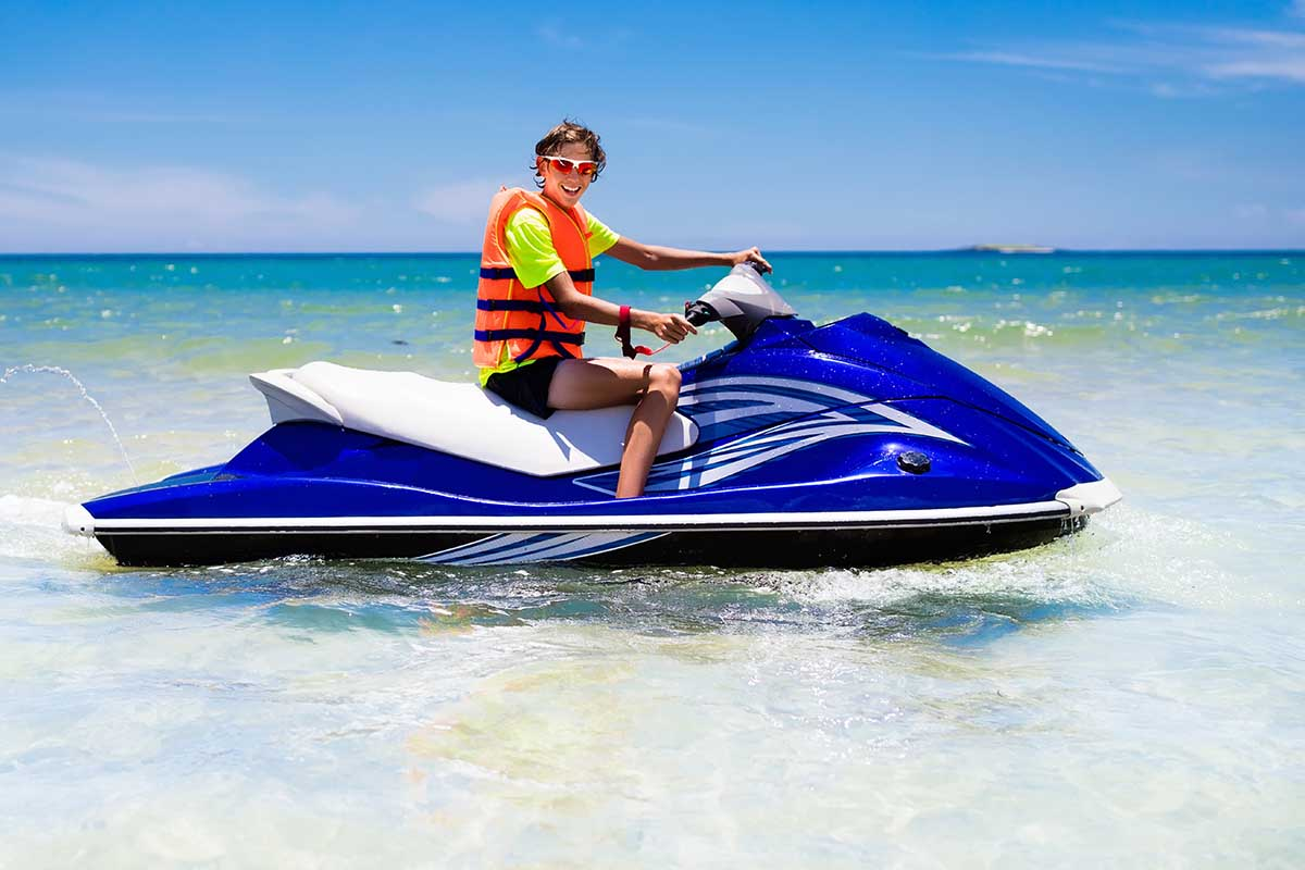 """""""How old do you have to be to legally drive a jet ski?"""" – It depends on your state!"""