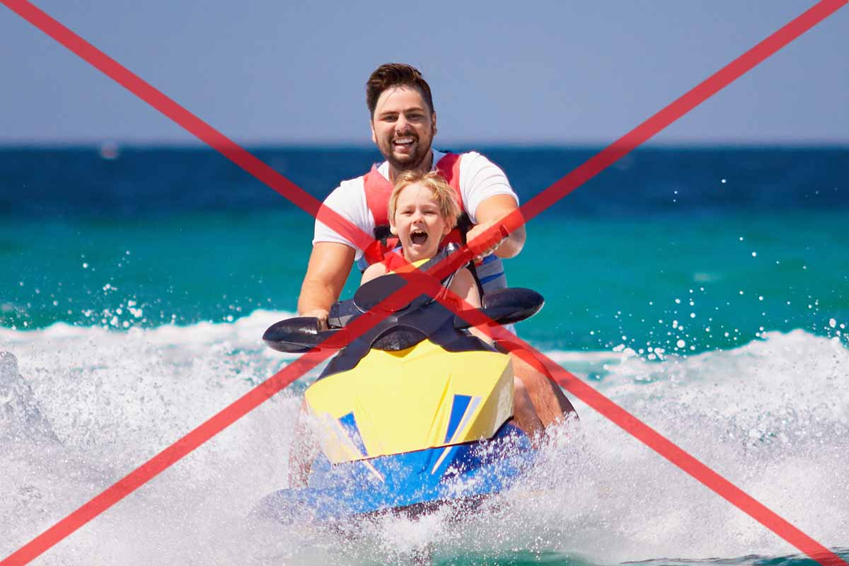 Never place children in front of you on a jet ski!