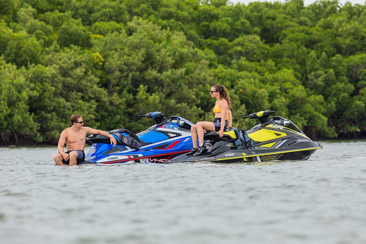 Yamaha GP1800R HO: 180 horsepower, SVHO: 250 horsepower